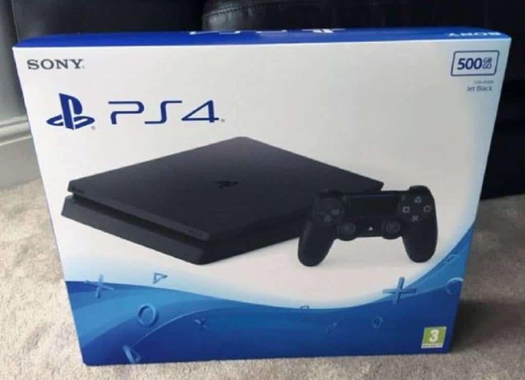 PS4 Slim Modell (2)